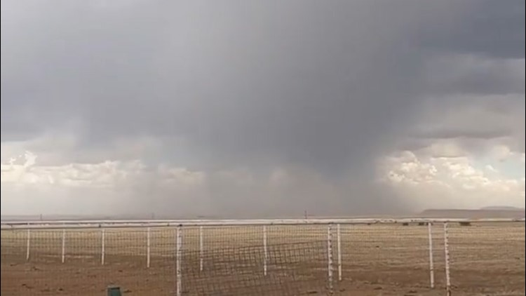 Gusty storms blow through New Mexico