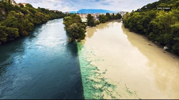 The Two-Tone Contrast of These Colliding Rivers is a Wild Sight