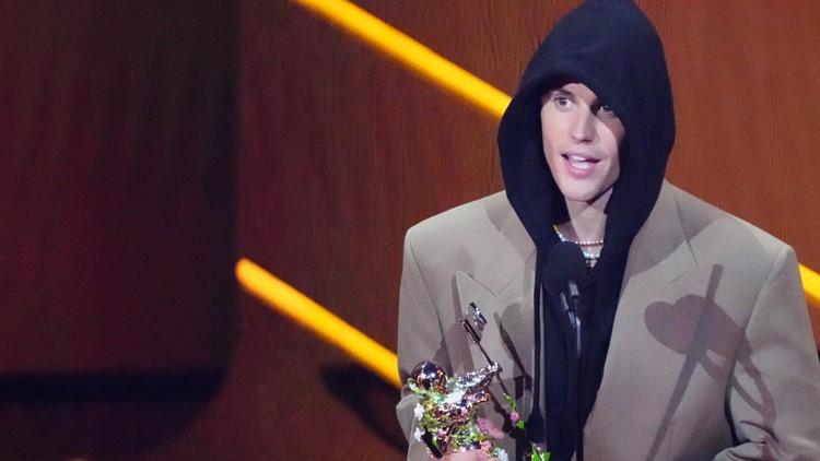 Lil Nas X, Justin Bieber top star-packed MTV VMAs