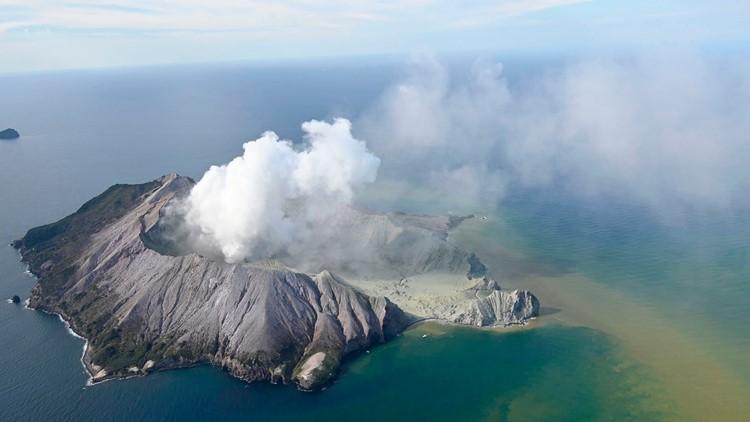 New Zealand police open criminal probe into volcano deaths