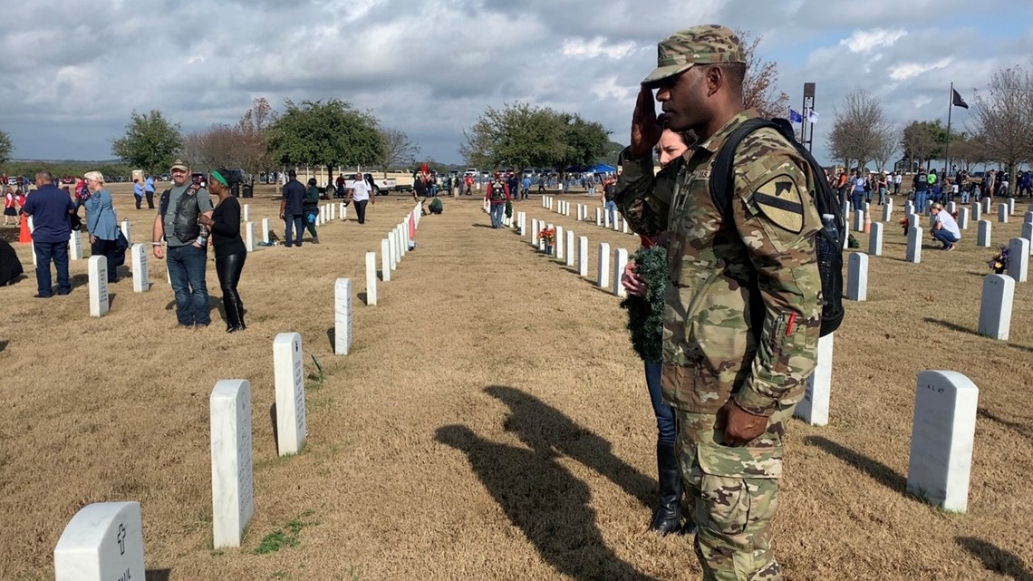 Central Texans honor fallen soldiers at 13th annual Wreath Laying Ceremony