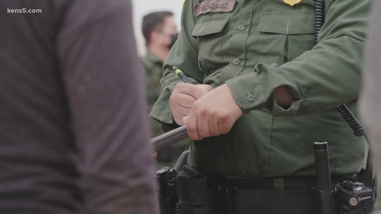Just how many migrants are really trying to get into the US?