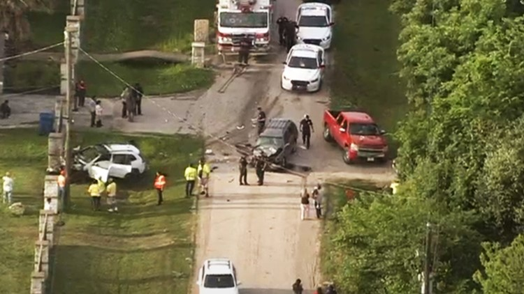 Child in 'bad shape' after fiery crash that injured 3 kids, 2 adults