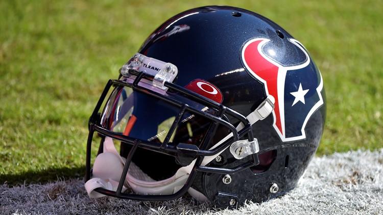 Report: Texans parting ways with senior VP Chris Olsen