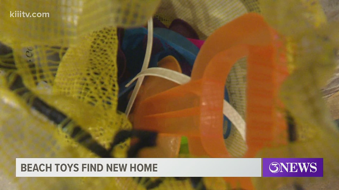 Coastal Bend resident gives back to community, one toy at a time