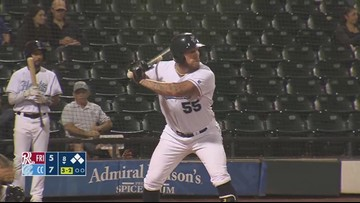 Hooks clinch series victory, win third straight