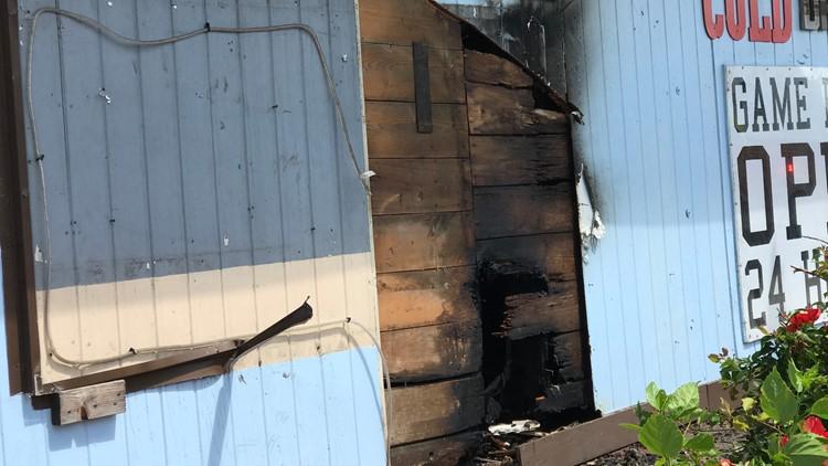 Crews extinguish fire inside Flour Bluff pub