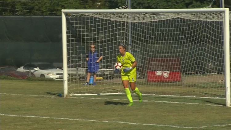 Islanders soccer wins exhibition opener at Baylor