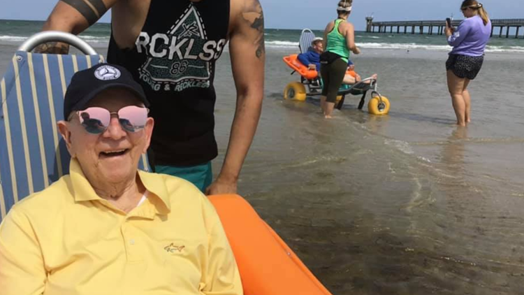 Senior community residents enjoy beach after more than a year of battling pandemic