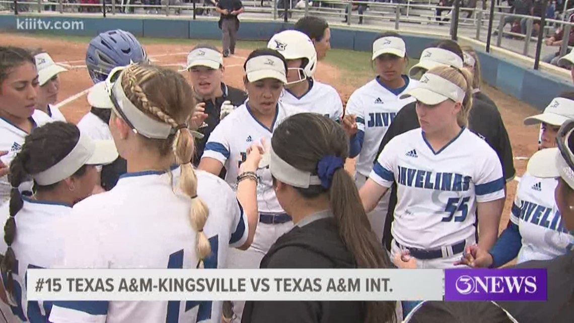 Javelinas softball splits double-header, Kelly breaks steals record - 3Sports