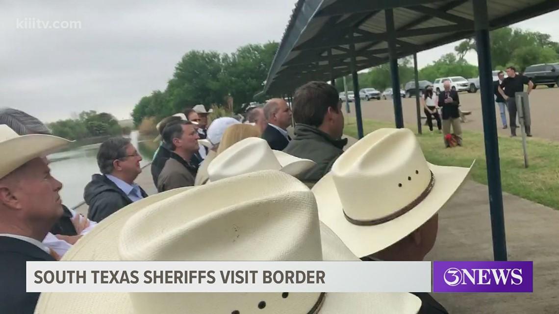 Texas congressmen, sheriffs visit U.S.-Mexico border, discuss problem of human smuggling