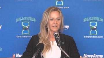Islanders introduce Zaleski as new softball coach