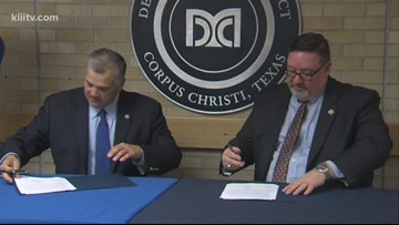 Del Mar College agreement to help students transfer to online universities