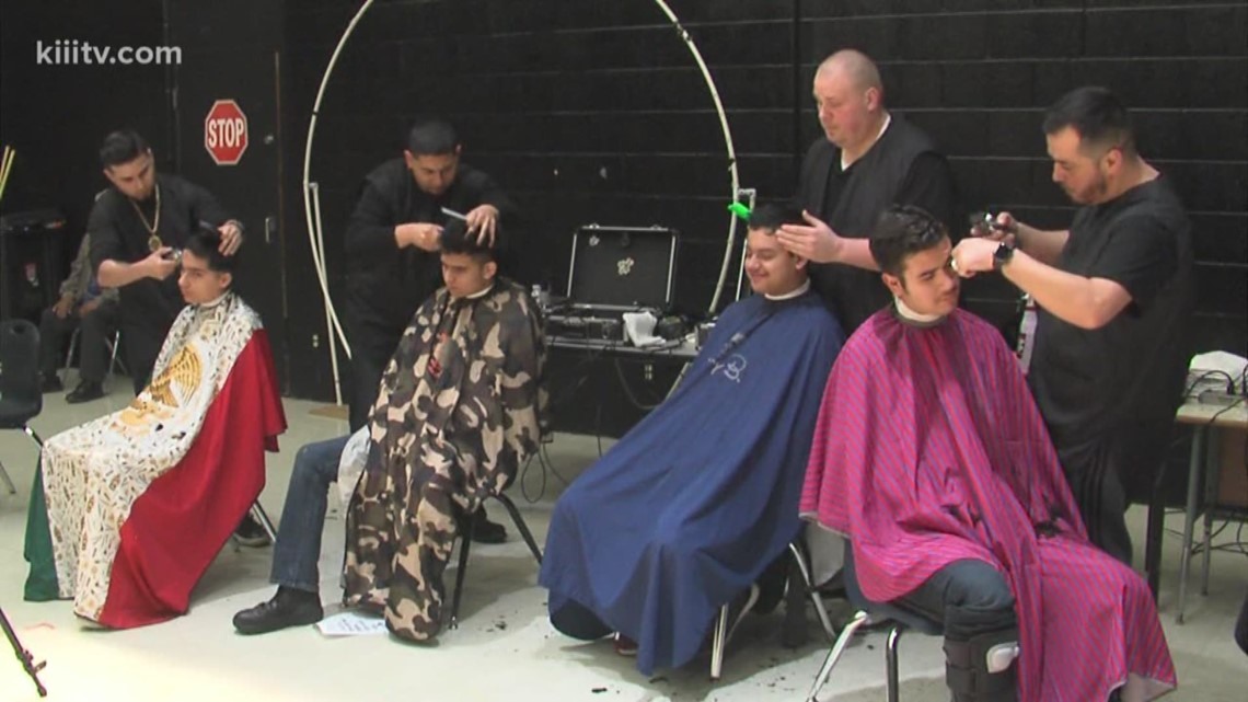 Special Hearts Prom bring new looks to Moody High School