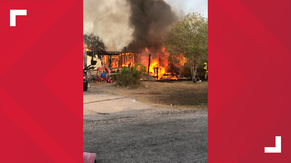 Eight people escape house fire in Banquete, home completely destroyed
