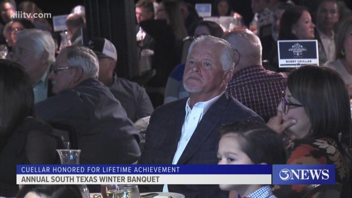 Cuellar honored at South Texas Winter Baseball Banquet - 3Sports