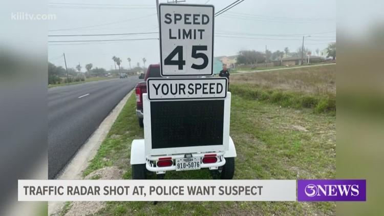 Traffic radar shot in Aransas Pass, police looking for felon