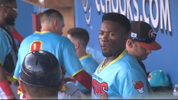 Hooks dominate the RoughRiders