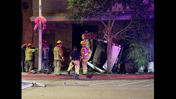 High speed accident in downtown Corpus Christi leaves one person dead