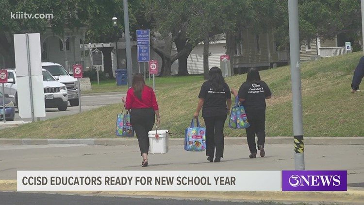 CCISD hosts convocation to inspire teachers for upcoming school year
