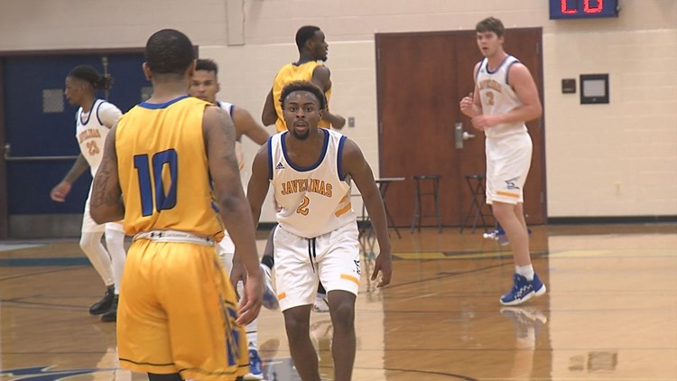 Javelinas hold off Angelo St. to advance to Lone Star Tournament semis