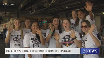 Calallen softball recognized before a Hooks win - 3Sports