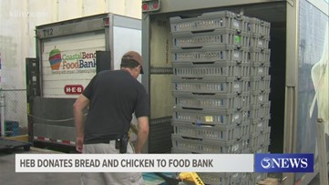 H-E-B donates bread, chicken to food bank