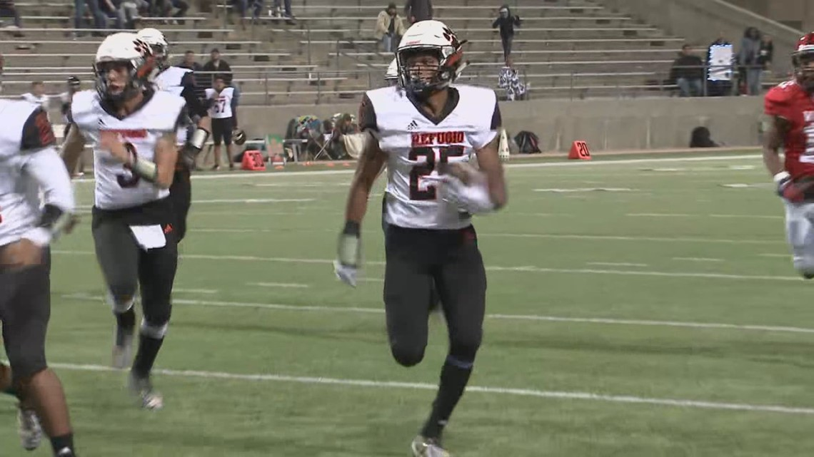 Refugio advances to fourth state title game in five years