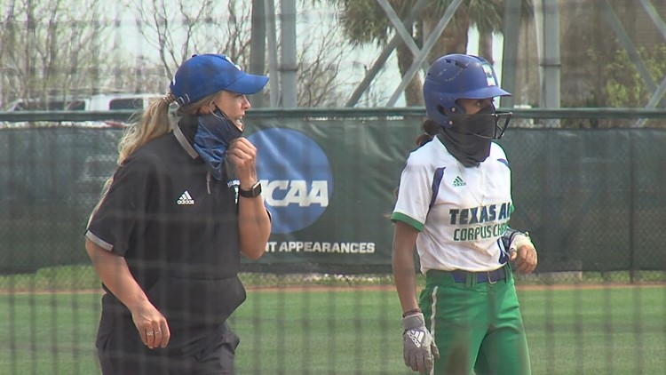 Islanders shut out fifth straight opponent with sweep of Tarleton