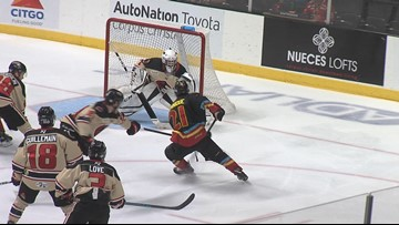 IceRays suffer first ever loss to New Mexico