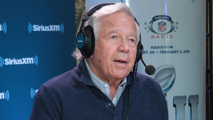 Robert Kraft 'didn't hesitate a minute' when lending plane to Parkland students