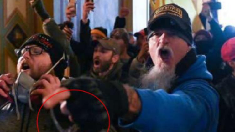 Oath Keeper pleads guilty: Jon Schaffer first Capitol riot defendant to take plea deal