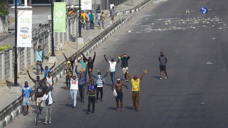 End SARS protest in Lagos, Nigeria turns deadly | kiiitv.com
