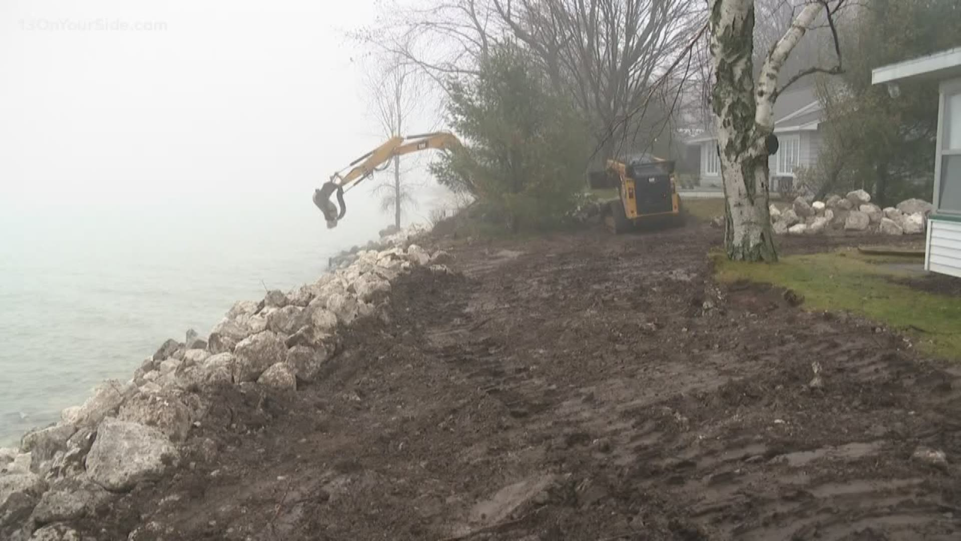 Beach erosion cuts off access to Oceana County cottages ...